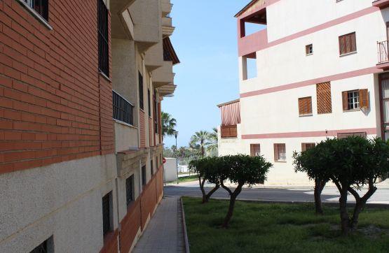 Piso en venta en Motril, Granada, Calle Islas Cies, 69.360 €, 2 habitaciones, 1 baño, 74 m2