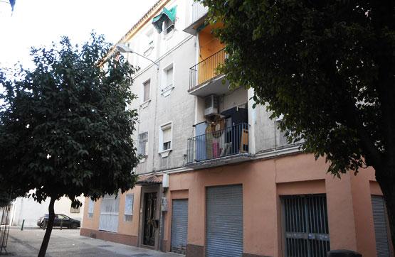 Piso en venta en Distrito Zaidín, Granada, Granada, Plaza Diego de Siloe, 59.700 €, 1 baño, 73 m2