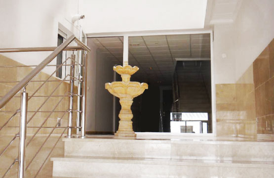 Piso en venta en Piso en la Roda, Albacete, 53.000 €, 2 habitaciones, 2 baños, 108 m2