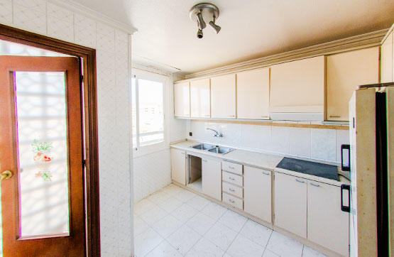 Piso en venta en Piso en Sax, Alicante, 47.200 €, 3 habitaciones, 1 baño, 88 m2