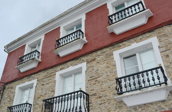 Piso en venta en Vegadeo, Asturias, Calle Casa de la Forja, 56.000 €, 3 habitaciones, 1 baño, 91 m2