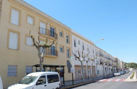 Piso en venta en San José del Valle, Cádiz, Avenida de la Independencia, 65.835 €, 3 habitaciones, 2 baños, 97 m2