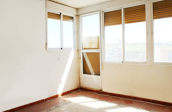 Piso en venta en Aguilar de la Frontera, Córdoba, Calle Candelaria, 52.500 €, 3 habitaciones, 1 baño, 83 m2