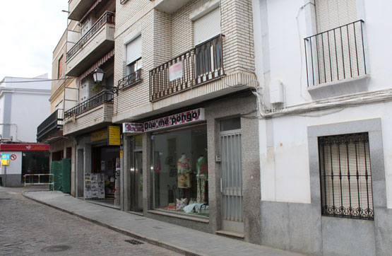 Piso en venta en Hinojosa del Duque, Córdoba, Avenida Corredera, 104.591 €, 4 habitaciones, 2 baños, 200 m2