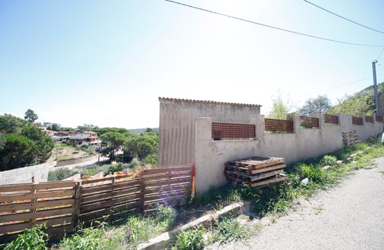 Casa en venta en Maçanet de la Selva, Girona, Calle Puigmal, 96.000 €, 1 habitación, 1 baño, 221 m2
