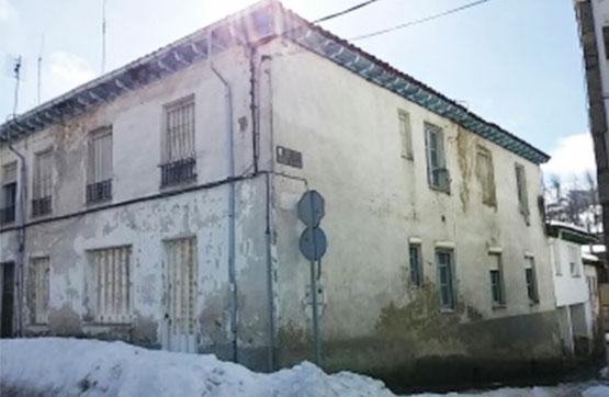 Casa en venta en La Vid, la Pola de Gordón, León, Calle Constitución, 50.000 €, 8 habitaciones, 2 baños, 175 m2
