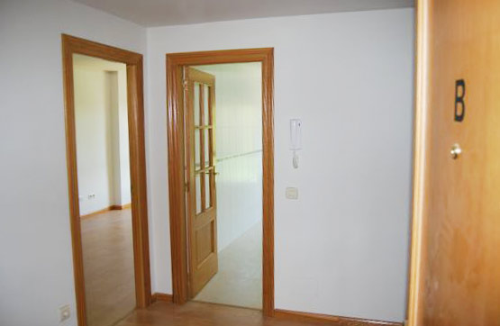 Piso en venta en Villarrodrigo de la Regueras, Villaquilambre, León, Calle Arriba, 63.000 €, 2 habitaciones, 1 baño, 63 m2
