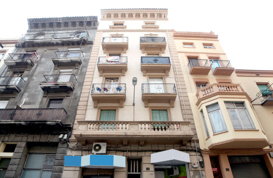 Piso en venta en Gualda, Lleida, Lleida, Calle Comtes D`urgel, 60.400 €, 3 habitaciones, 1 baño, 74 m2
