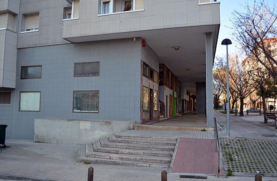 Piso en venta en Barañain, Navarra, Avenida Comercial, 142.000 €, 3 habitaciones, 1 baño, 101 m2