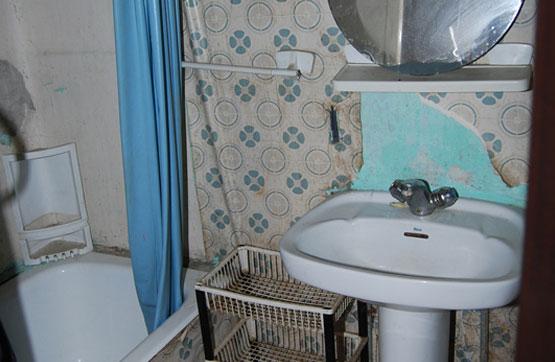 Piso en venta en Piso en Venta de Baños, Palencia, 18.400 €, 2 habitaciones, 1 baño, 50 m2