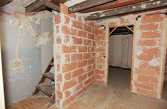 Casa en venta en Valls, Tarragona, Calle Sant Francesc, 32.490 €, 1 habitación, 1 baño, 152 m2