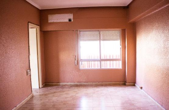 Piso en venta en Benicalap, Valencia, Valencia, Avenida San Jose Artesano, 48.000 €, 3 habitaciones, 2 baños, 75 m2