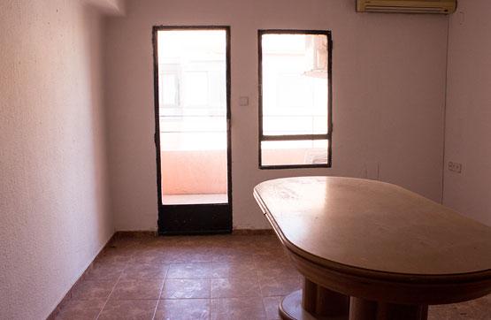 Piso en venta en Benicalap, Valencia, Valencia, Calle Amadeo Desfilis, 46.800 €, 3 habitaciones, 1 baño, 64 m2