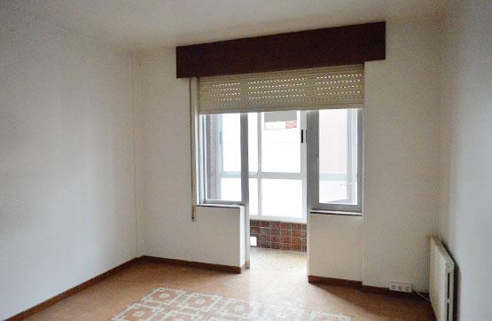 Piso en venta en Negreira, A Coruña, Calle Víctor García Ferreiro, 84.251 €, 4 habitaciones, 1 baño, 110 m2