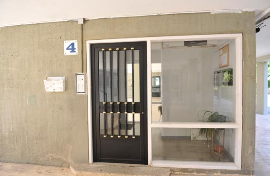 Piso en venta en Caranza, Ferrol, A Coruña, Calle Alcalde Quintanilla, 66.700 €, 1 habitación, 1 baño, 115 m2