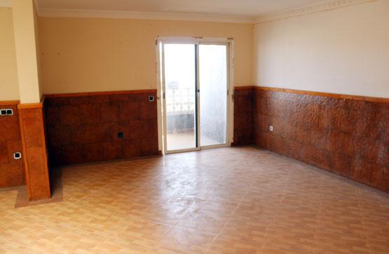 Piso en venta en La Charca, Puerto del Rosario, Las Palmas, Calle El Guelfo, 132.300 €, 3 habitaciones, 2 baños, 111 m2