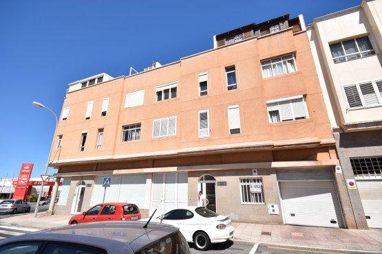 Piso en venta en Santa Lucía de Tirajana, Las Palmas, Calle Centrifuga (edificio Tirajana), 130.600 €, 111 m2
