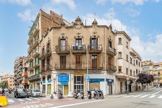 Piso en venta en Sants-montjuïc, Barcelona, Barcelona, Calle Moianes, 192.000 €, 2 baños, 65 m2