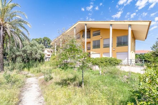 Casa en venta en El Plantío, Paterna, Valencia, Calle 135, 590.000 €, 5 habitaciones, 5 baños, 624 m2
