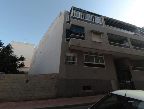 Piso en venta en Urbanización Calas Blancas, Torrevieja, Alicante, Calle la Paz, 48.800 €, 2 habitaciones, 1 baño, 63 m2