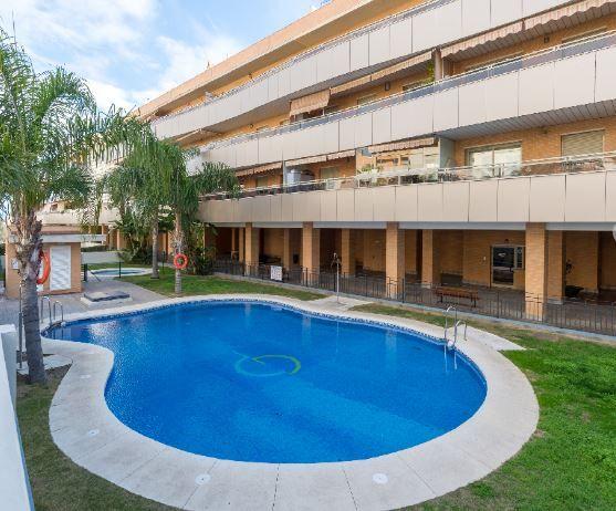 Piso en alquiler en Torremolinos, Málaga, Avenida Escritor Angel, 870 €, 2 habitaciones, 101 m2