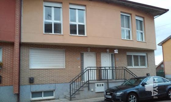 Casa en venta en Chozas de Abajo, León, Calle Lope de Vega, 100.875 €, 4 habitaciones, 2 baños, 156 m2
