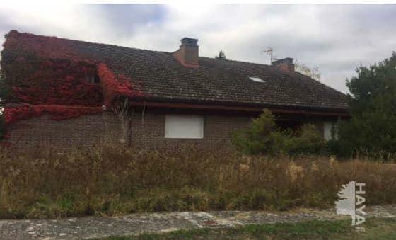 Casa en venta en Egüés, Navarra, Calle Agrupacion Errikotxiki, 323.495 €, 6 habitaciones, 5 baños, 250 m2
