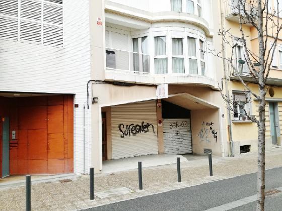 Local en venta en Girona, Girona, Calle Francesc Roges, 145.821 €, 180 m2