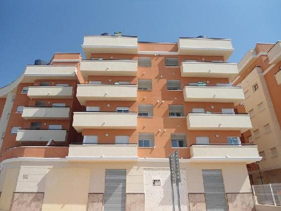 Piso en venta en Monforte del Cid, Alicante, Avenida Oscar Espla, 102.000 €, 3 habitaciones, 2 baños, 138 m2