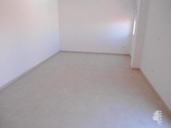 Piso en venta en Piso en Monforte del Cid, Alicante, 108.000 €, 3 habitaciones, 2 baños, 138 m2, Garaje
