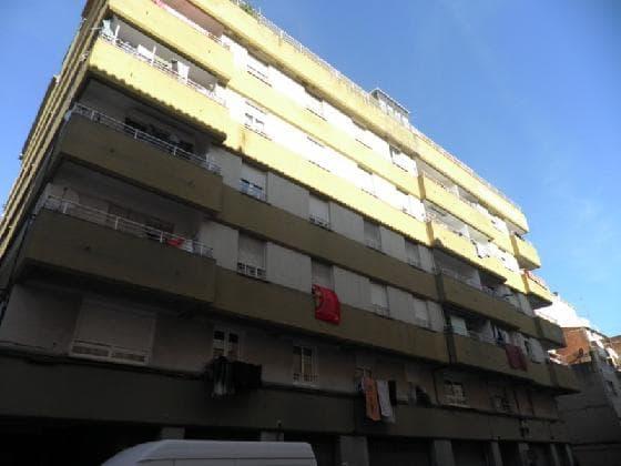 Piso en venta en Salt, Girona, Calle Angel Guimera, 64.470 €, 4 habitaciones, 1 baño, 86 m2