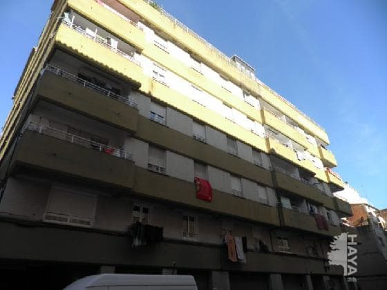 Piso en venta en Salt, Girona, Calle Angel Guimera, 63.603 €, 4 habitaciones, 1 baño, 86 m2