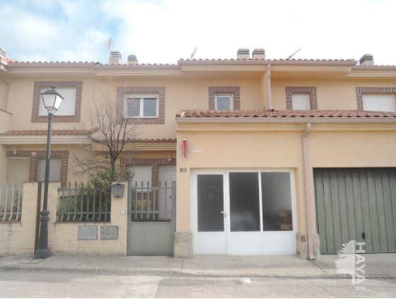 Casa en venta en Turégano, Segovia, Carretera de Torreiglesias, 107.801 €, 3 habitaciones, 1 baño, 132 m2
