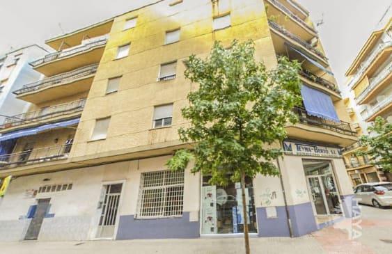 Piso en venta en Gandia, Valencia, Calle Gregori Mayans, 42.463 €, 3 habitaciones, 1 baño, 108 m2