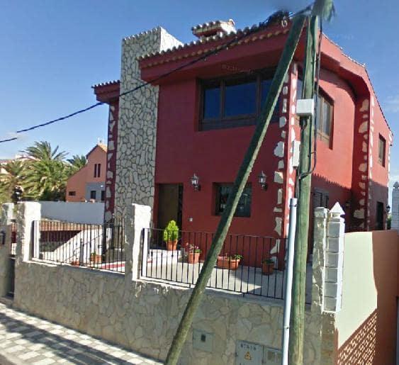 Casa en venta en Las Rosas, Agüimes, Las Palmas, Calle Juan de la Cierva, 389.000 €, 4 habitaciones, 3 baños, 190 m2
