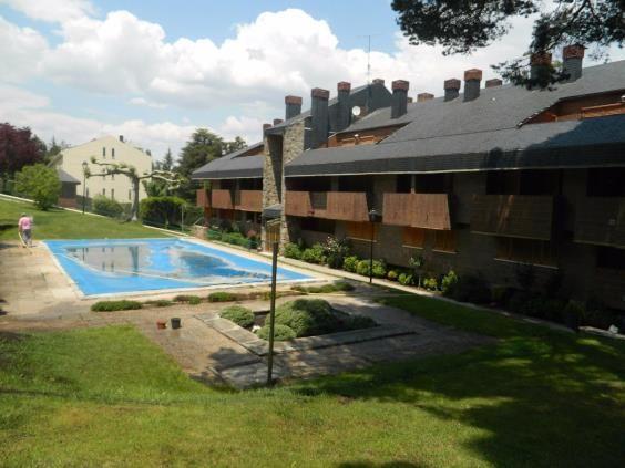 Piso en venta en San Rafael, El Espinar, Segovia, Paseo Quintana, 125.000 €, 3 habitaciones, 2 baños, 145 m2