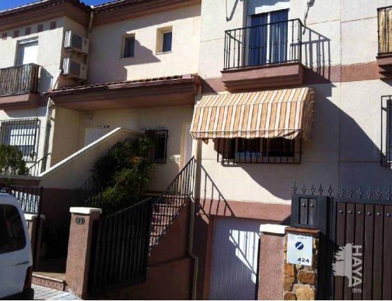 Piso en venta en Santa Fe, Granada, Calle Alonso Cano, 137.354 €, 3 habitaciones, 2 baños, 189 m2