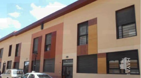 Piso en venta en Chiloeches, Guadalajara, Calle Padilla, 45.700 €, 1 habitación, 1 baño, 48 m2