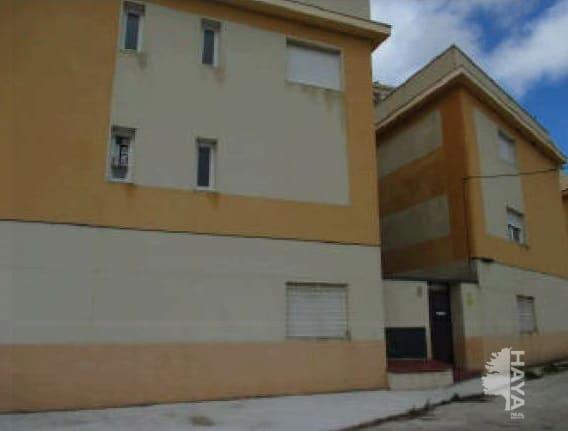 Piso en venta en Trijueque, Guadalajara, Calle Tornos, 31.800 €, 2 habitaciones, 1 baño, 76 m2