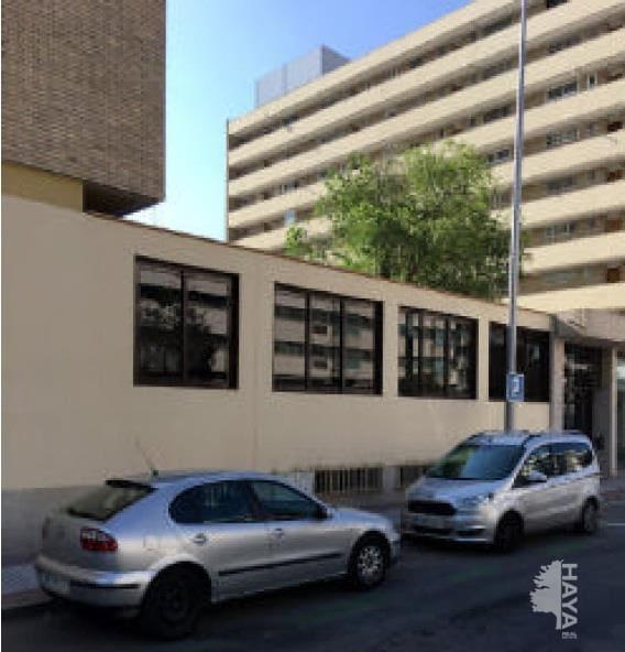 Local en venta en Chamartín, Madrid, Madrid, Calle Mauricio Legendre, 157.800 €, 820 m2