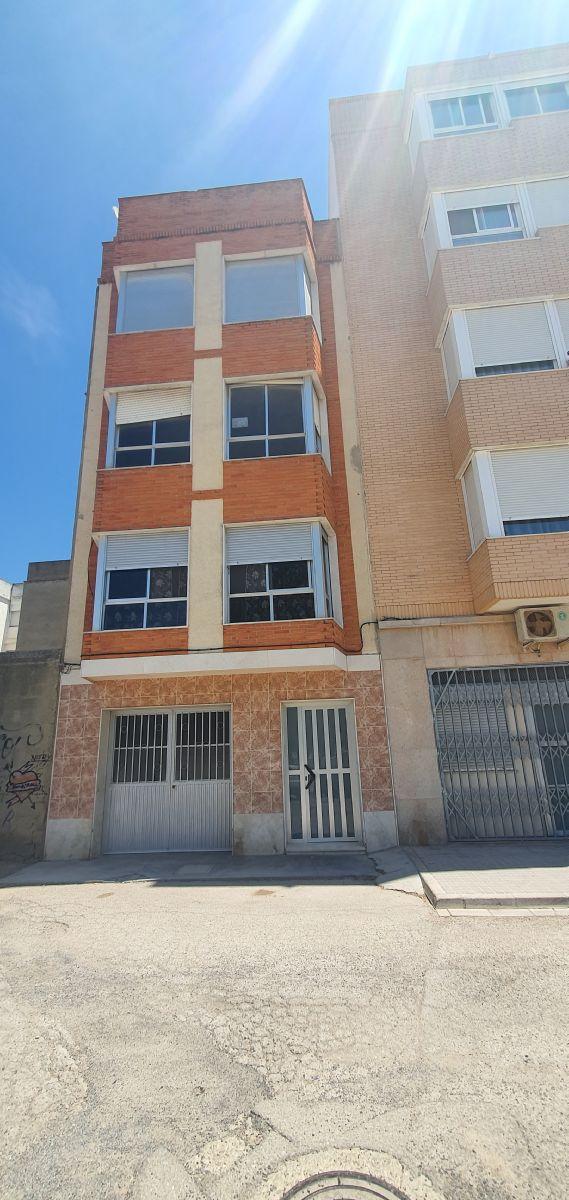 Piso en venta en Sueca, Valencia, Calle Polinya, 52.000 €, 3 habitaciones, 1 baño, 115 m2