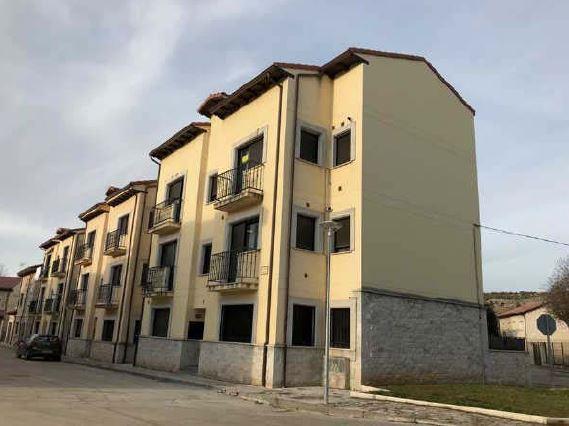 Piso en venta en Arauzo de Miel, Burgos, Calle los Resineros, 38.300 €, 3 habitaciones, 1 baño, 67 m2