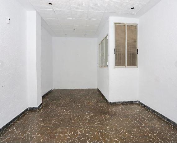 Piso en alquiler en Valencia, Valencia, Calle Arquitecto Alfaro, 525 €, 3 habitaciones, 78 m2