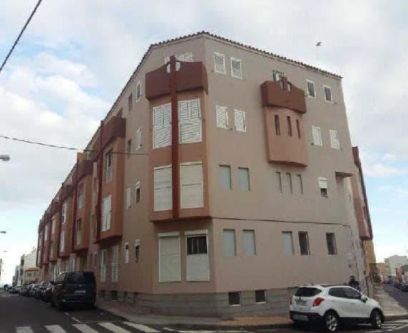 Piso en venta en Sardina, Santa Lucía de Tirajana, Las Palmas, Calle Orilla Baja, 126.980 €, 3 habitaciones, 2 baños, 110 m2