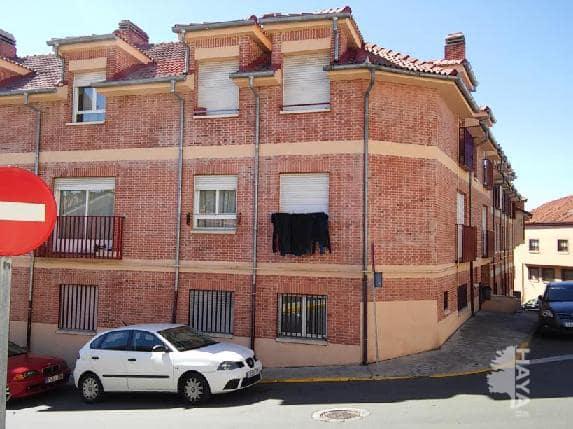 Piso en venta en La Lastrilla, Segovia, Plaza de la Costanilla, 74.347 €, 2 habitaciones, 1 baño, 63 m2
