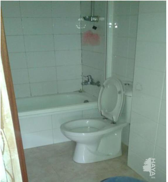 Piso en venta en Lleida, Lleida, Calle Beat Francesc Castello Aleu, 80.200 €, 3 habitaciones, 2 baños, 90 m2