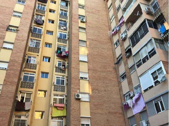 Piso en venta en Málaga, Málaga, Calle Gaucin, 129.400 €, 3 habitaciones, 1 baño, 81 m2