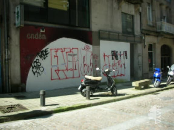 Piso en venta en Piso en Vigo, Pontevedra, 119.250 €, 3 habitaciones, 1 baño, 200 m2