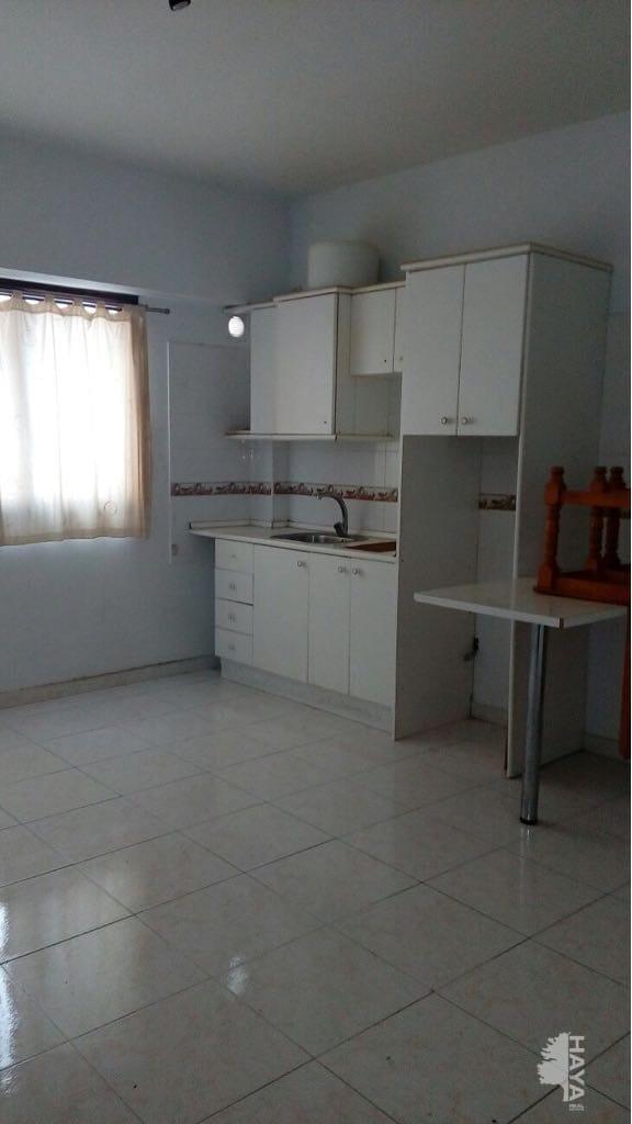 Piso en venta en Piso en Arrecife, Las Palmas, 74.323 €, 1 habitación, 1 baño, 57 m2