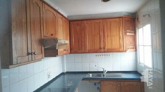 Piso en venta en Arrecife, Las Palmas, Calle Perez Galdos, 85.478 €, 2 habitaciones, 1 baño, 92 m2